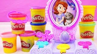 Juguetes de Play Doh de la princesita Sofia, le hacemos amuleto y joyas con plastilina