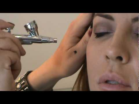Michelle Clunie visits Metromodes SalonSpa in Bellmore, NY