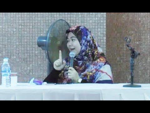 Ustazah Norhafizah Musa - Wanita Kalau Minta Kat Allah Bukan Pakai Air Liur Tapi Pakai Air Mata