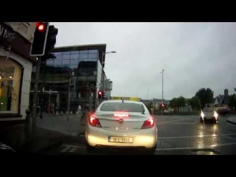 Driving Around Cork City Center - Rainy Morning !!!