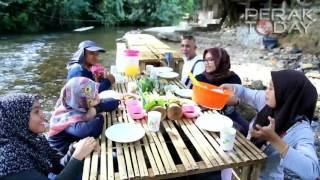 Castella Cafe: Berkelah Di Pinggiran Sungai