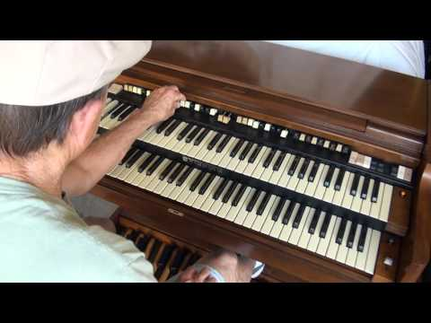 Hammond B-3000 Organ Demo
