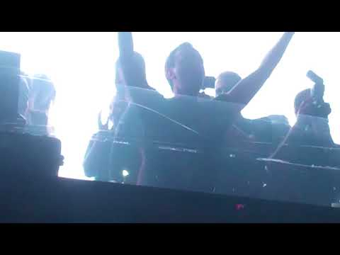 Andrew Rayel with Emma Hewitt at SPACE Miami Trance on the Terrace #PartyGod