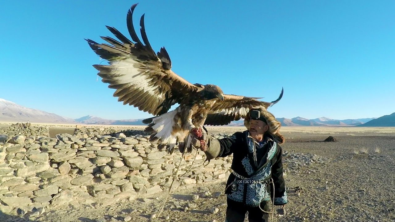 GoPro: Eagle Hunters in a New World - YouTube