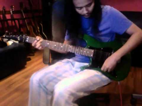 AG COCO - Valley Arts Guitar. (testing)