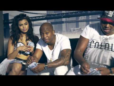 NaakMusiQ - AmaBenjamin ft Mampintsha (Official Music Video)