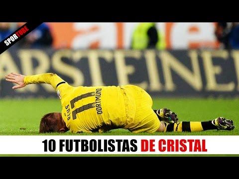 10 Futbolistas con PIERNAS DE CRISTAL