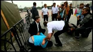 После акции в защиту Pussy Riot у ХХС в Москве(http://drugoi.livejournal.com/3758216.html., 2012-08-15T09:22:01.000Z)