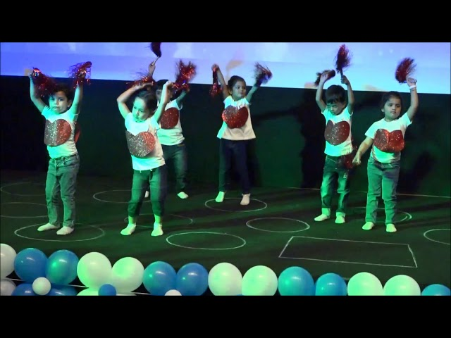 Welcome song Performance by LKG (WOWKIDS PRESCHOOL PANJIM 2018)