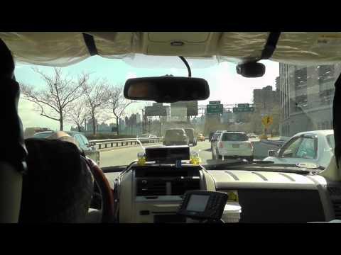 New York: Taxifahrt JFK-Airport nach Manhattan. Taxi ride from John F. Kennedy Airport to Manhattan