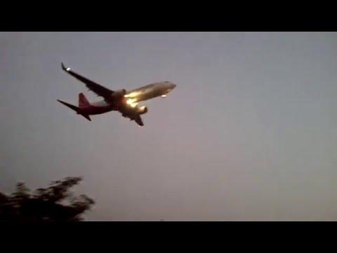 Spicejet Boeing 737 Landing at Goa
