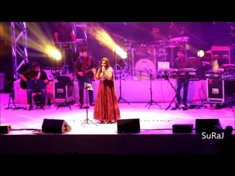 Shreya Ghoshal live @ Qatar 2017-Kathirunnu Kathirunnu-Ennu Ninthe Moideen