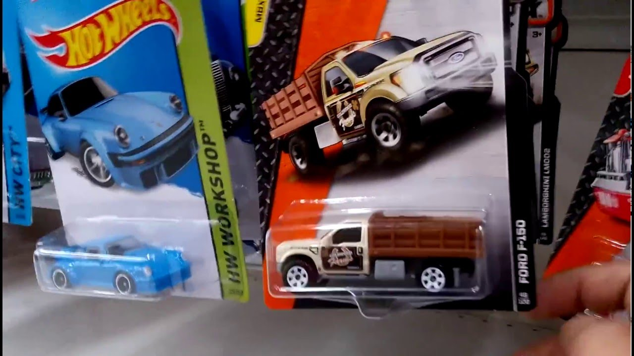 Hunting Hotwheels Hot Wheels Matchbox Di Giant Depok Indonesia 18 15 Land Rover Defender Double Cab Hijau April 2016