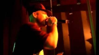 Black Tiger & MC Rony - Du Willsch (Vergiss dä Scheiss) (Live).avi