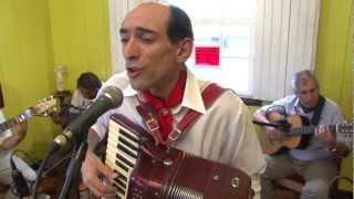 Adelar Bertussi -DVD O Tropeiro da Música Gaúcha - São Francisco é Terra Boa.mpg