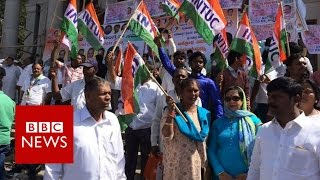 India rupee ban: Sporadic 'day of rage' protests against cash ban - BBC News