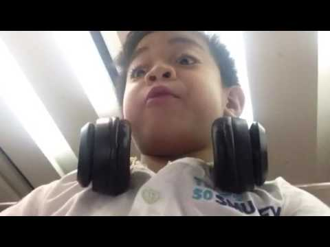 Karlo  Dubai Airport video clips