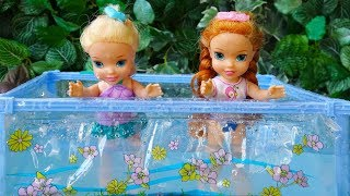 Elsa and Anna toddlers pool party with their friends- part2
