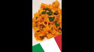 Паста с Крем-Соусом из Болгарского Перца и Рикотты - Рецепт Пасты - Итальянская кухня #Shorts