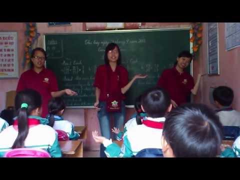 Tổ chức sinh hoạt cho các em học sinh tiểu học Thanh Kim - Sa Pa - Lào Cai