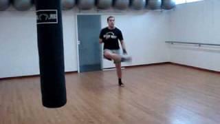 Muay Thai - Treino Pernas Coordenação Velocidade 物理的な訓練 トレーニング脚