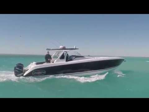 2015 February Sea Trail Cigarette Huntress 42 vs Sea Vee 390Z