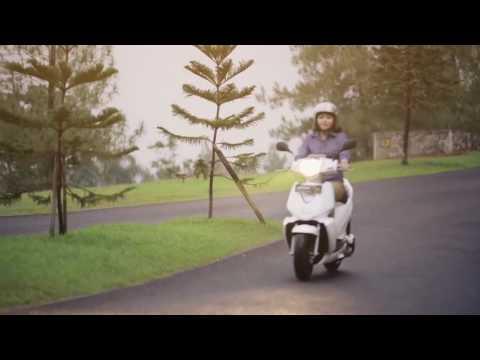 Quảng cáo xe máy điện Terra Mottors