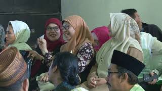Ahmadi Muslims in humanitarian discussion at Gusdur event