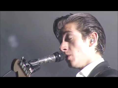 Arctic Monkeys - I Wanna Be Yours - Live @ Rock en Seine 2014 - HD
