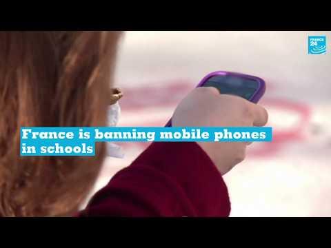 Emmanuel Macron to ban phones in French schools