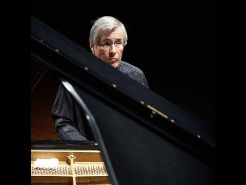 W. A. Mozart: Piano Concerto No. 23 - Christian Zacharias - Sinfónica de Galicia
