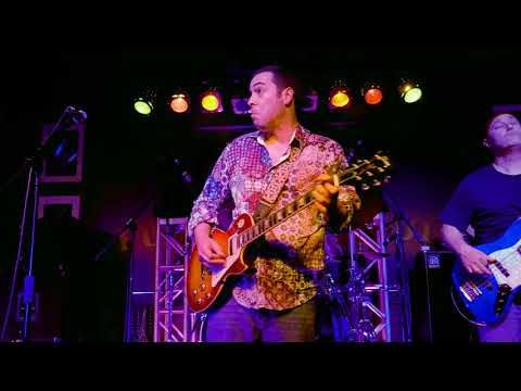 Albert Castiglia 2018 06-22 Boca Raton, Florida - The Funky Biscuit - Let The Big Dog Eat