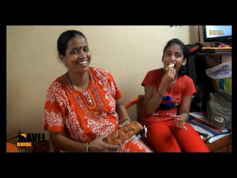 DHARAVI SLUM & CHOWPATTY NIGHT MARKET - INDIA