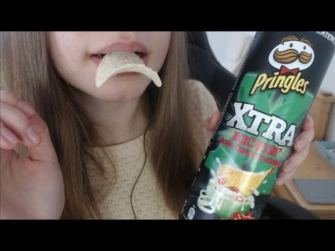 ASMR Binaural Eating Sounds Pringles - Drink - Tapping