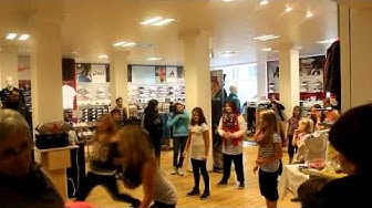 Flying-Dancers-Wismar Film Karstadt 2012 am 05.10.2012
