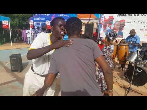 Palmer Marshall live à la maison des jeunes de Bamako
