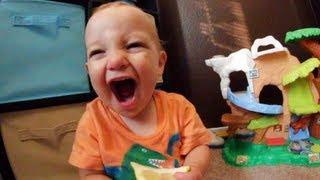 Dad Gives His Baby a Lemon!