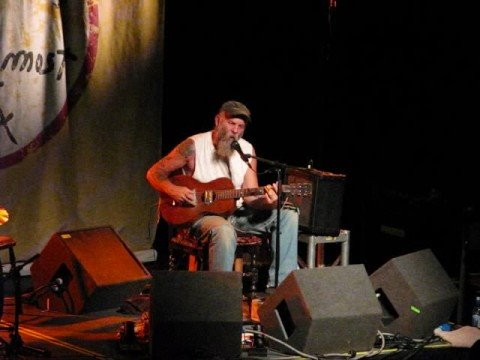 Seasick Steve @ Rock City - Started Out With Nothin'