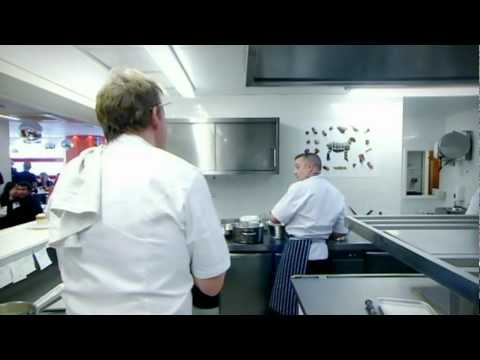 ramsay-throws-amateur-chef-out---gordon-ramsay