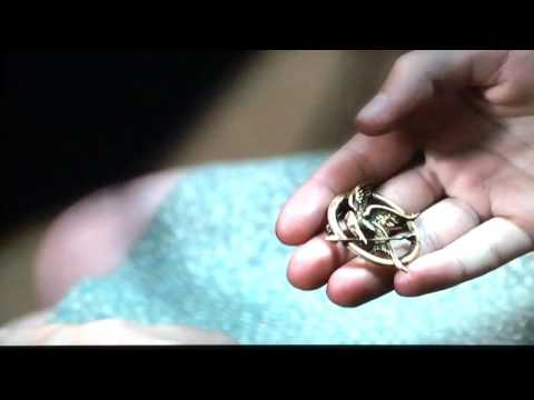 The Hunger Games: Prim's Mockingjay Pin Scene