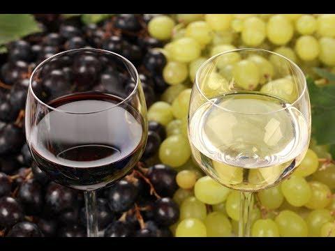 Домашнее вино. Саперави и Мускат. Красное и Белое полусладкое.