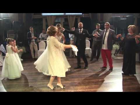 3afc62abcd58 Μαμά - Γάμος στην Πτολεμαΐδα - Γιώργος   Δήμητρα
