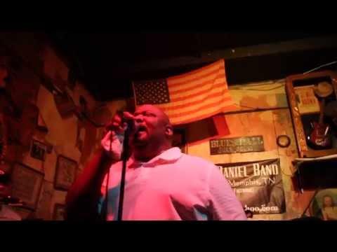 "Chris McDaniel and Vince Johnson, ""Shout"" (Blues Hall, Beale Street, Memphis)"