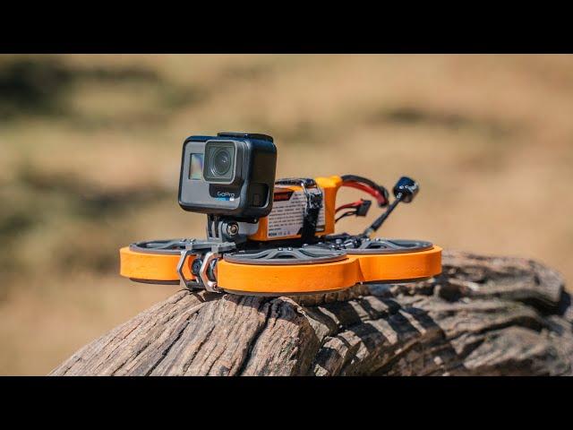 My FIRST ANALOG FPV Drone - Diatone Taycan 25