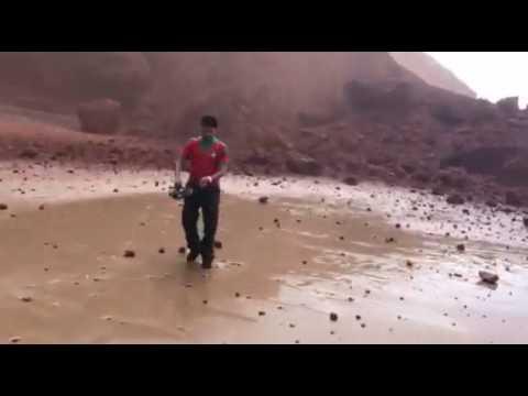 شهادات حزينة للسياح بعد انهيار قوس شاطئ الكزيرة باقليم سيدي افني