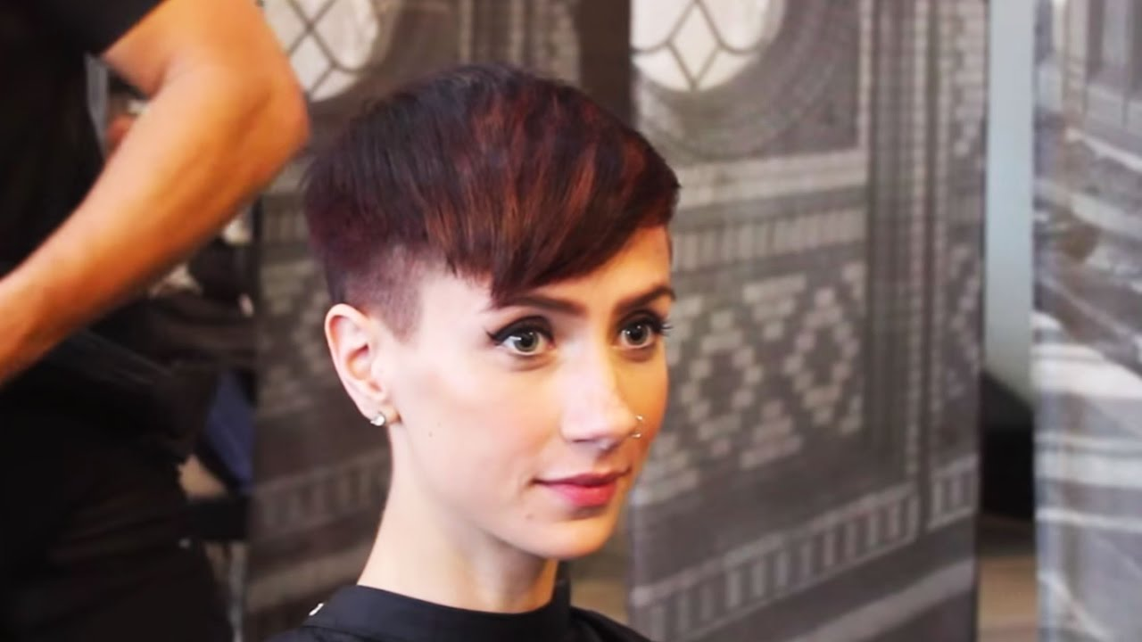 How To Cut A Short Pixie Cut Youtube