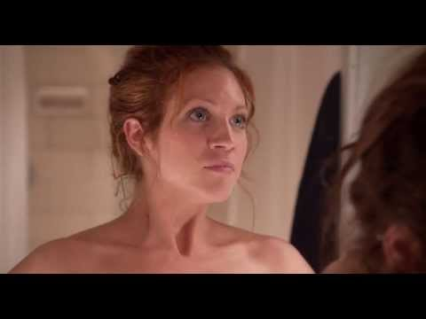 Pitch Perfect 2012   Beca & Chloe   Titanium  in bath