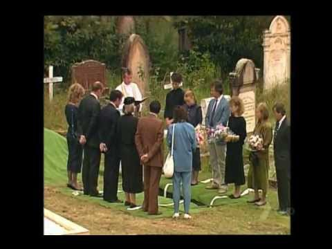 Home and Away: Kerry Barlow is murdered (1988)