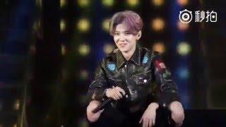 [Fancam] 160326 鹿晗(Luhan) - 超級英雄(With Deng Chao) @ Reloaded Concert in Beijing
