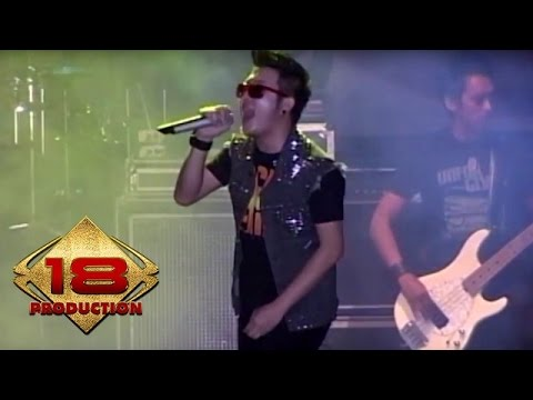 Five Minutes - Ambilkan Bulan Bu  (Live Konser Jember 10 September 2011)